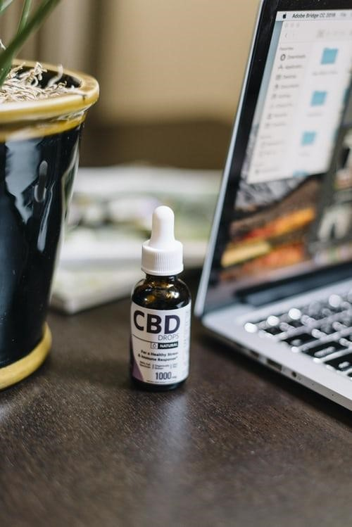 CBD dropper